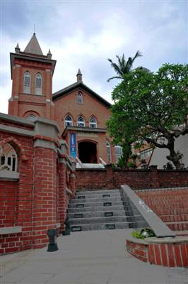 Christian church in Danshui (Tamsui), near Taipei, Taiwan (photo: Joyce Tay)